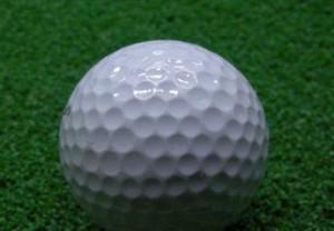 ゴルフ ディンプル でこぼこ