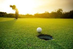 ゴルフウェア ユニクロ 春