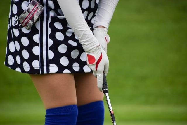 ゴルフ 飛ばない 握り方