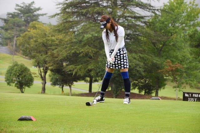 ゴルフボール 当たらない アドレス