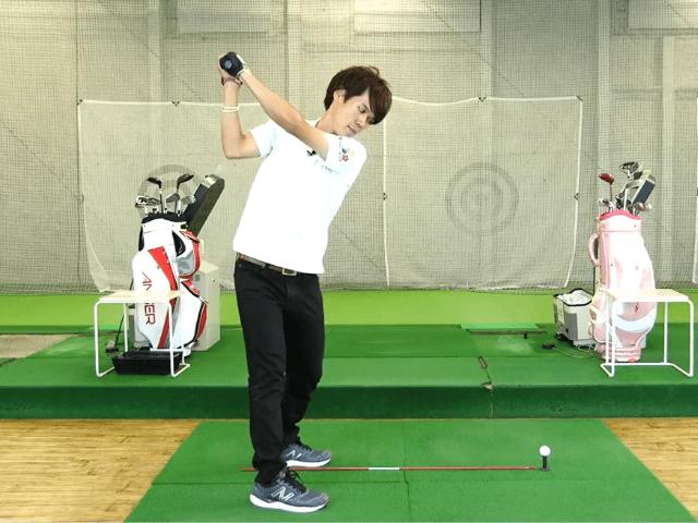 ゴルフ 握り方 重心