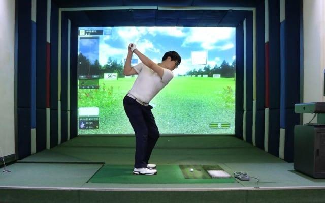シミュレーションゴルフ 新宿