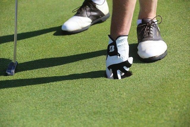 ゴルフシューズ 選び方