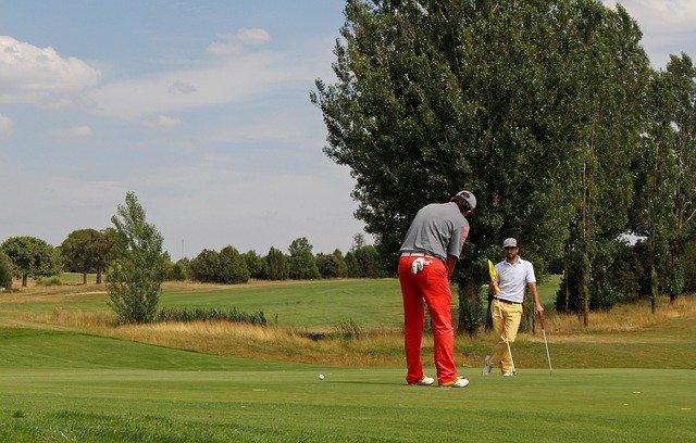 ゴルフ 前傾姿勢