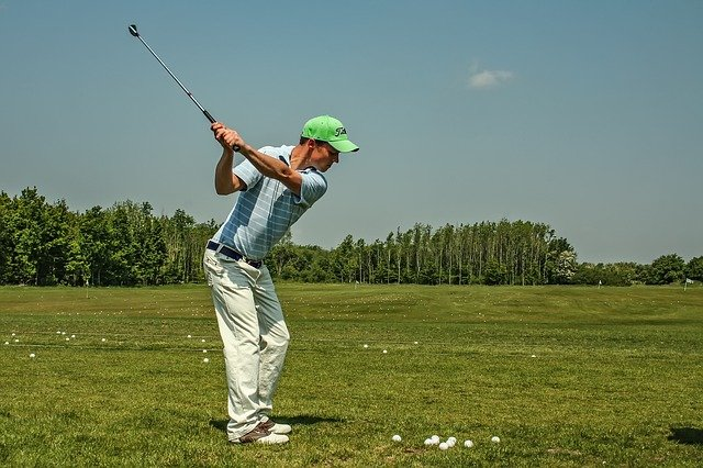 ゴルフ ヘッドスピード 男性 平均 練習